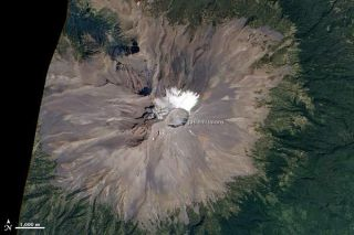 popocateptl-volcano-101001-02