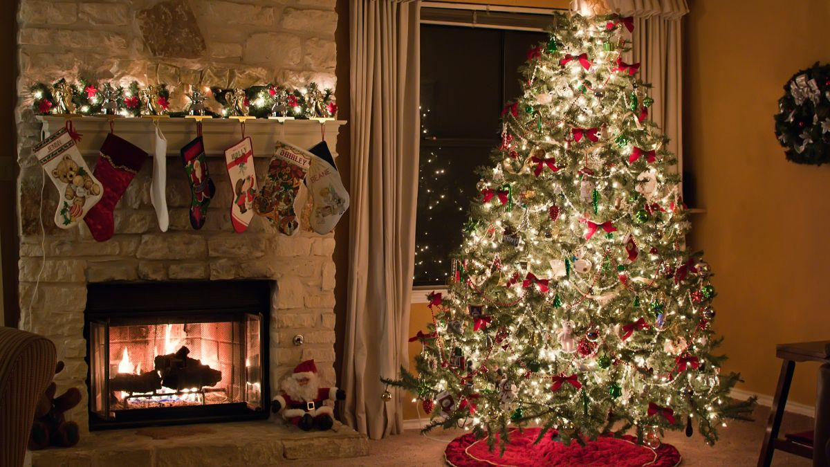 9 Foot Christmas Tree Black Friday 2021 Best Black Friday Christmas Tree Deals 2020 To Shop Right Now Woman Home
