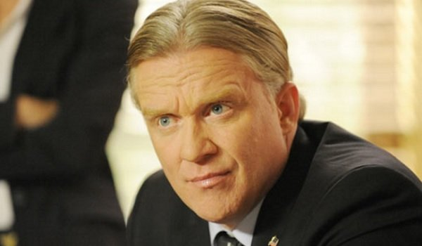 anthony michael hall psych