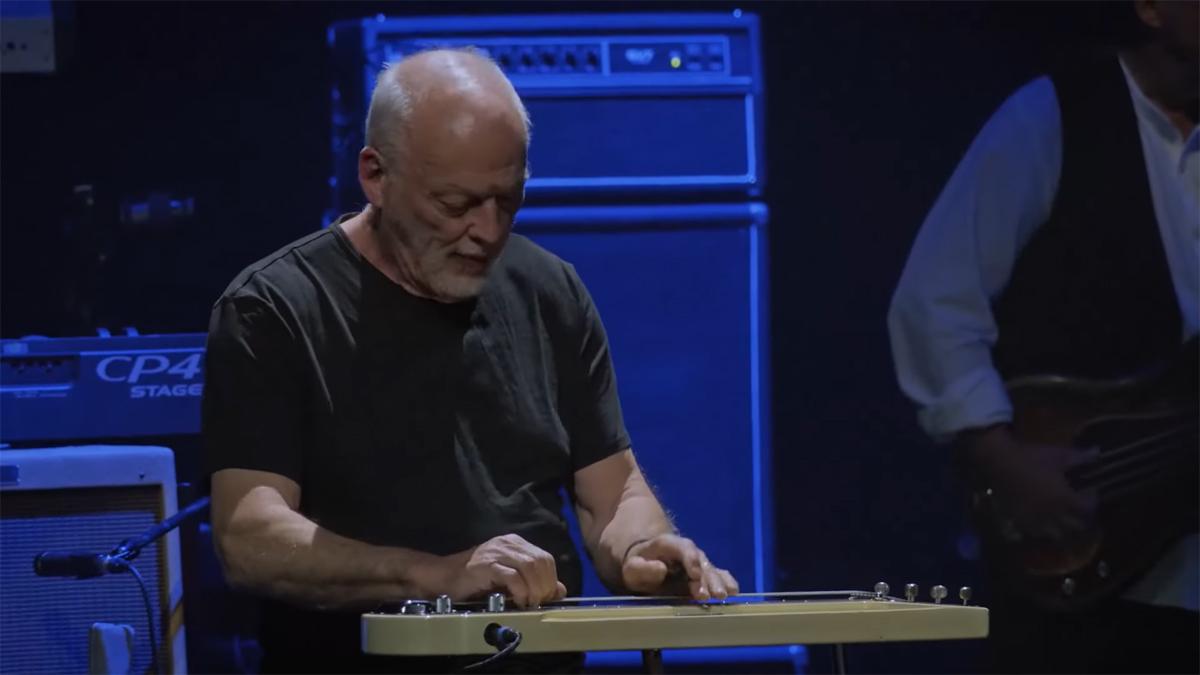 Watch David Gilmour perform Albatross from the Mick Fleetwood & Friends Peter Green tribute concert