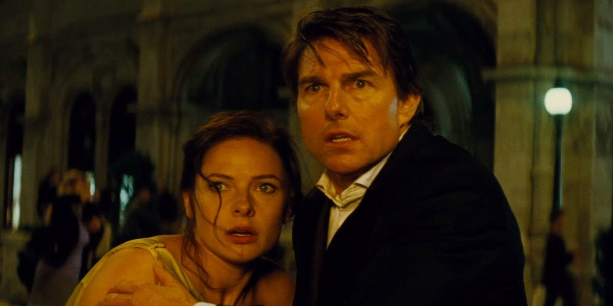 Rebecca Ferguson and Tom Cruise in Mission: Impossible -- Rogue Nation