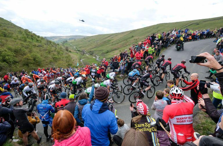 Tour de Yorkshire 2019 peloton riding up Park Rash