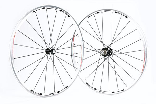 4ZA Cirrus Clincher wheelset