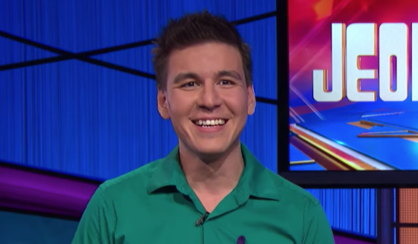 james holzhauer smiling talking about jeopardy