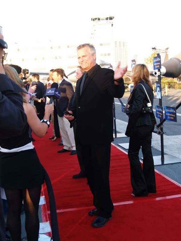 Comic Con: Aircraft Carrier Premiere Of Stargate Continuum #2772