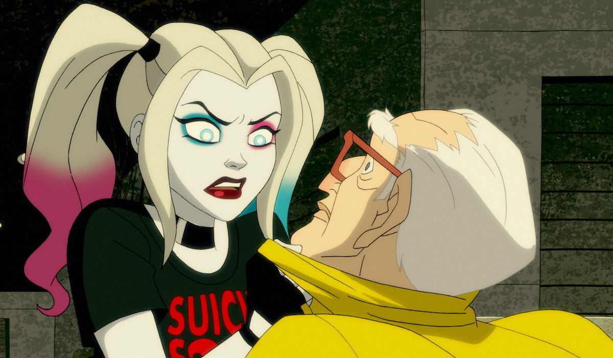 harley quinn in suicide squad shirt dc universe show