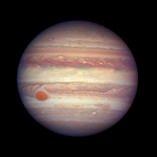 Jupiter Nearing Close Approach: Hubble View