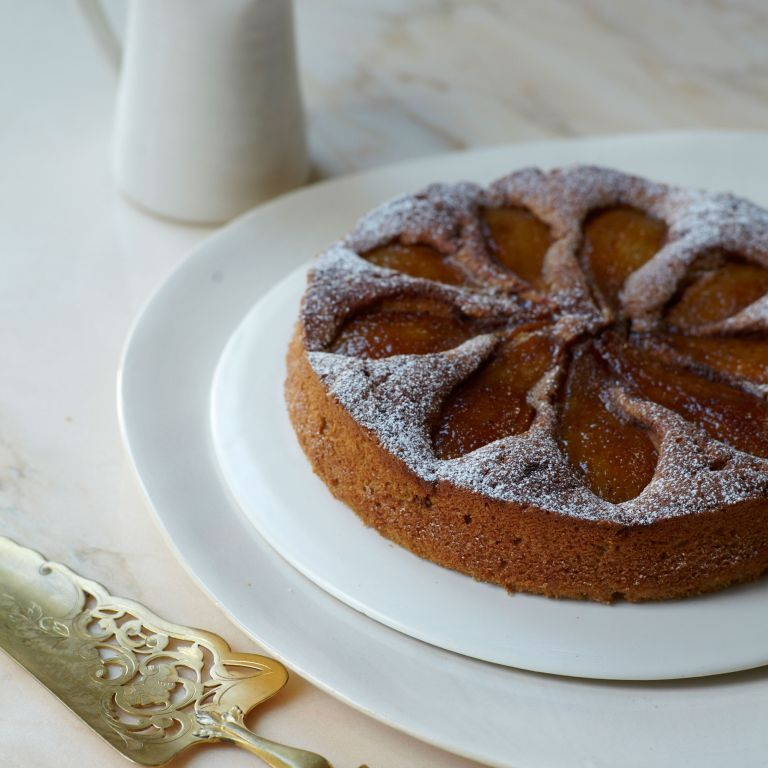 Caramelised pear and buckwheat pudding cake photo