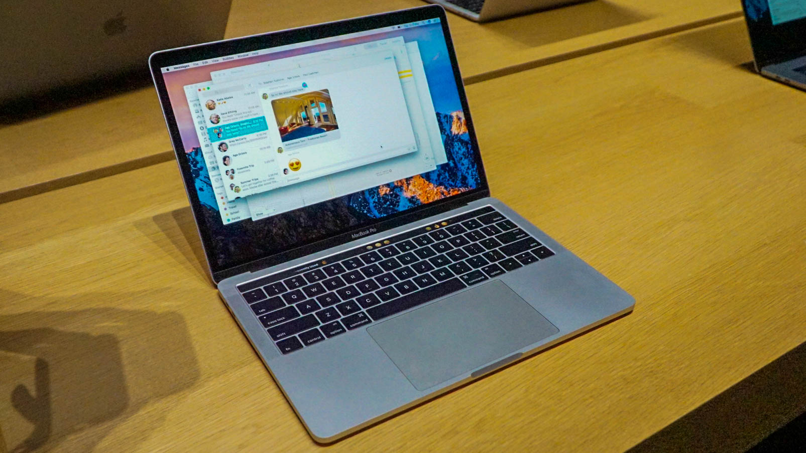 Some New Macbook Pros Suffer From Screen Flicker And Other Video 2 Way Switch Flickering Nasties Techradar