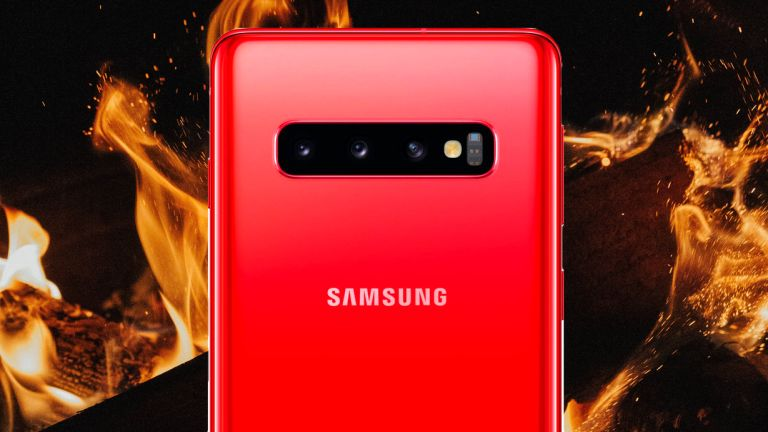 Samsung Galaxy S10 Red New Colour