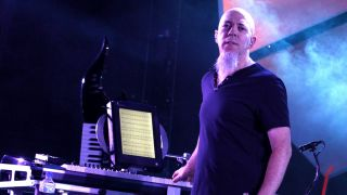 Jodan Rudess is one mad apper