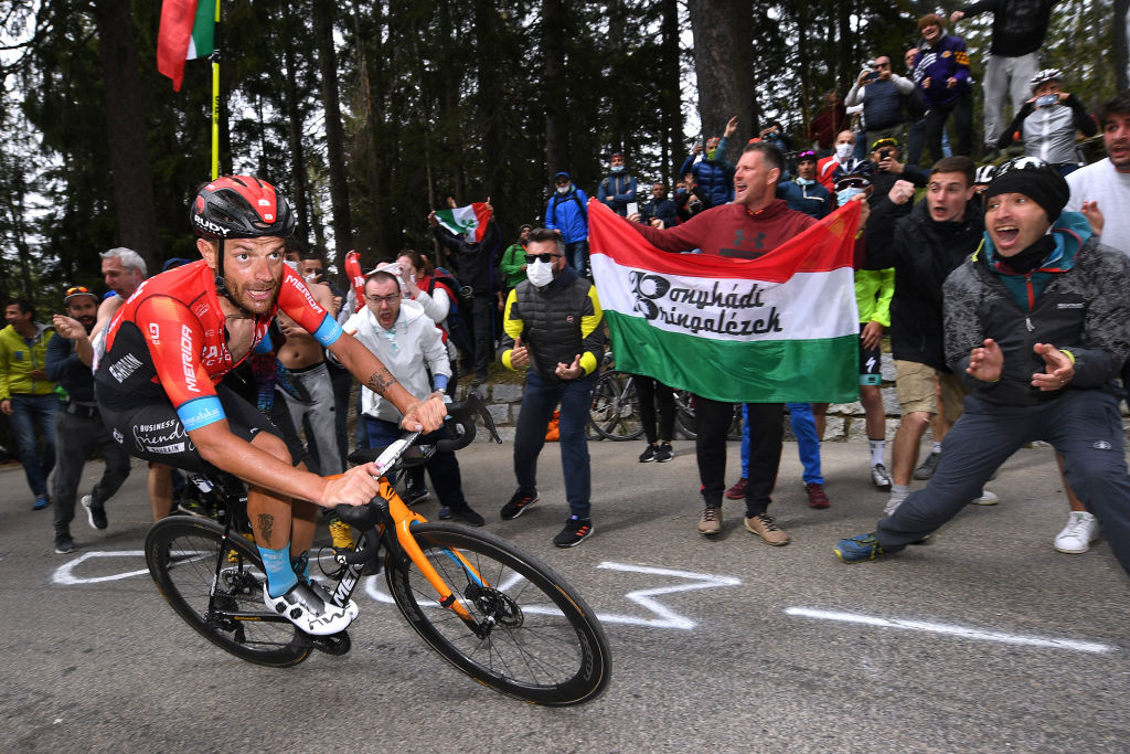 VALLE SPLUGA ALPE MOTTA ITALY MAY 29 Damiano Caruso of Italy and Team Bahrain Victorious passing through Valle Spluga Alpe Motta 1727m mountain during the 104th Giro dItalia 2021 Stage 20 a 164km stage from Verbania to Valle Spluga Alpe Motta 1727m Public Fans UCIworldtour girodiitalia Giro on May 29 2021 in Valle Spluga Alpe Motta Italy Photo by Tim de WaeleGetty Images