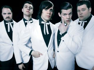 The Hives: they even steal each others' clothes