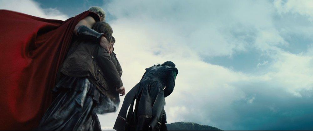 Thor 2 Trailer In Depth: Malekith's Ship, Loki's Prison, And Asgardian Mysteries #7272