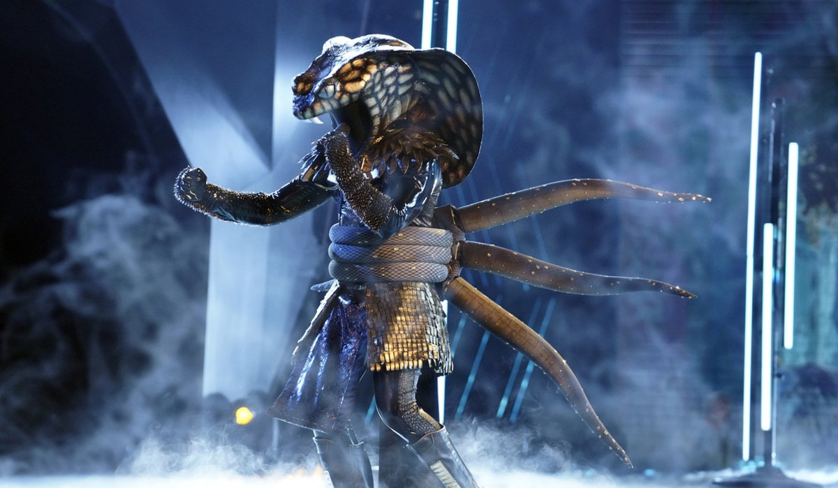 the masked singer season 4 serpent fox
