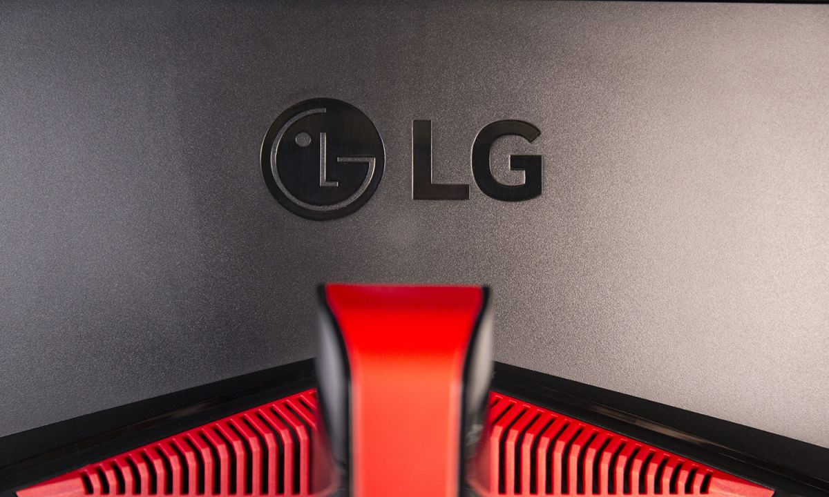 LG 34UC89G Review: Pricey Gaming Monitor Packs in Features