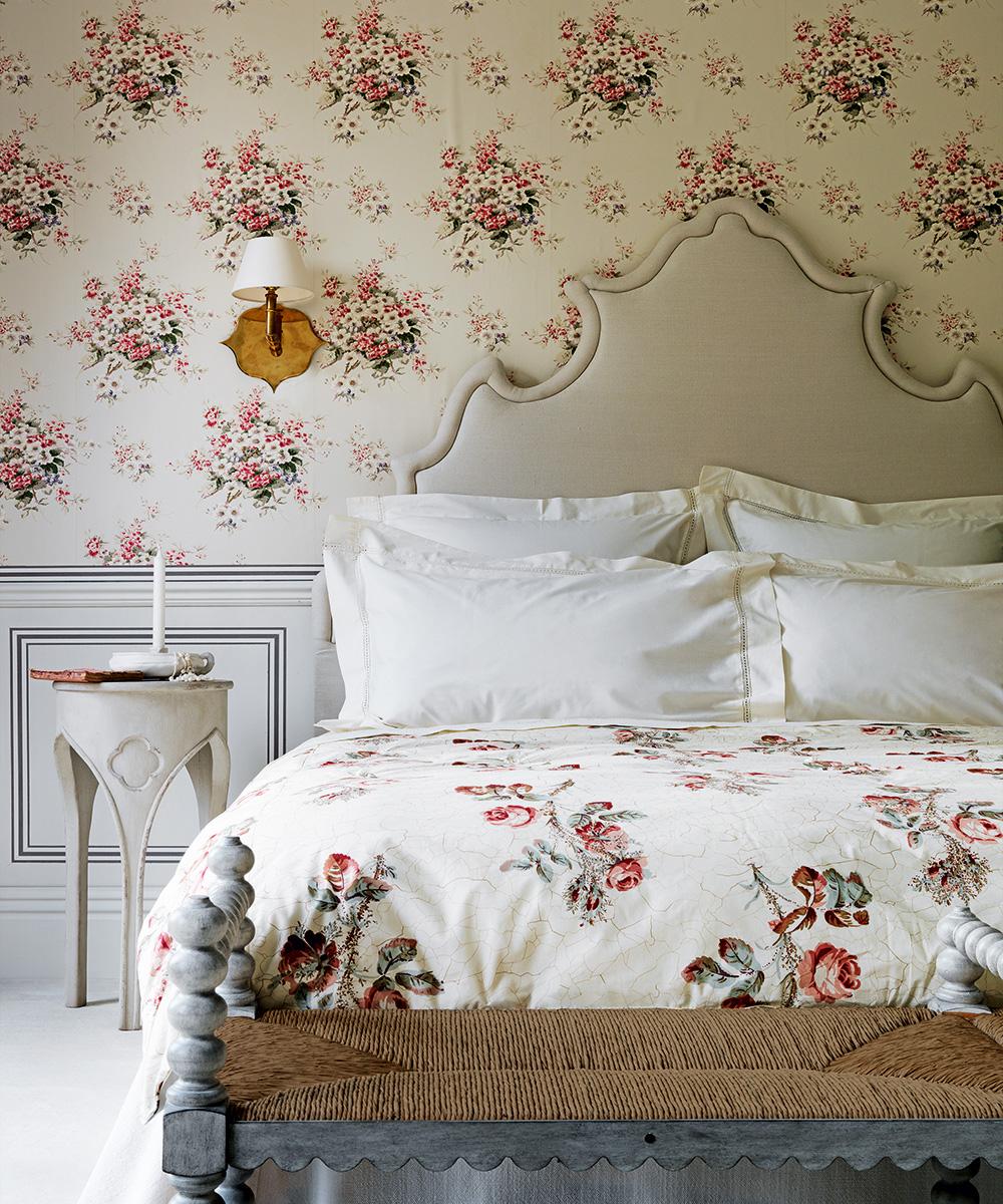 Bedroom wallpaper ideas - Statement wallpaper for bedrooms