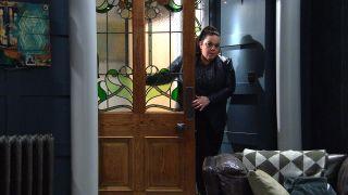 Mandy is worried about Vinny in Emmerdale