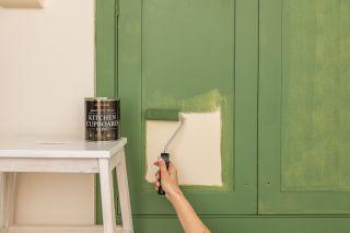 does rustoleum have the best kitchen cabinet paint?
