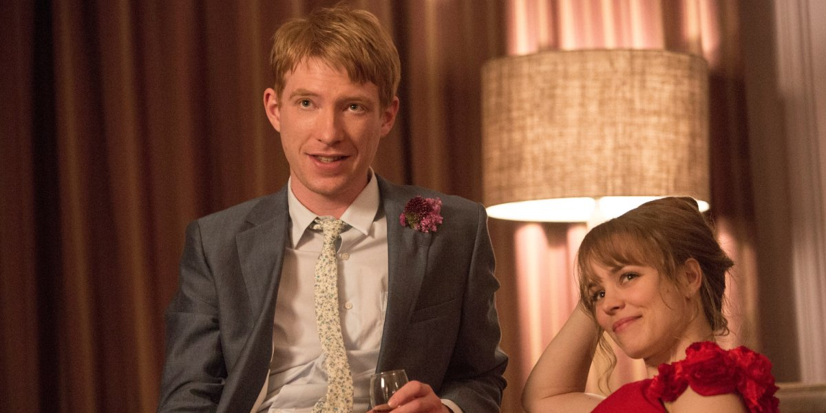 Domnhall Gleason and Rachel McAdams in About Time