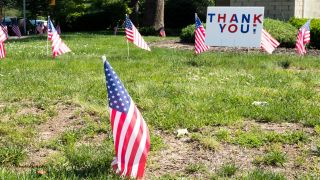Lowe's launches #BuildThanks campaign to encourage Americans to make DIY thank you signs for frontline workers