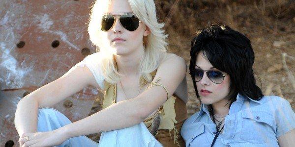 Dakota Fanning, Kristen Stewart - The Runaways