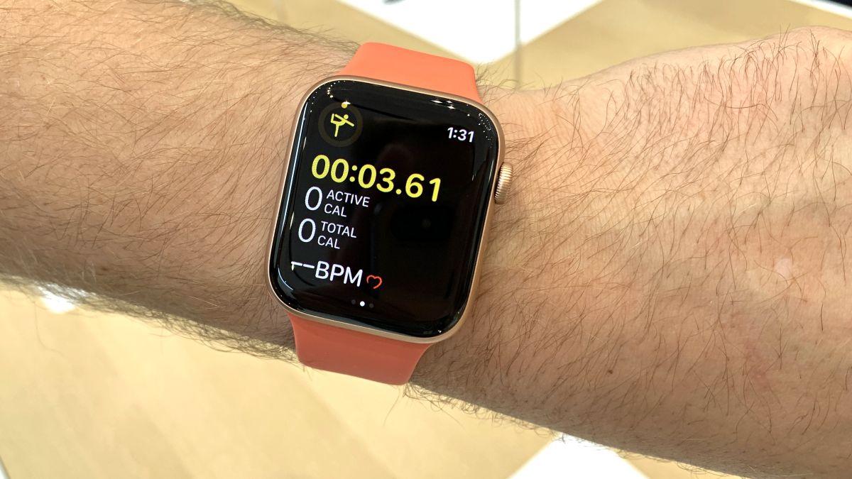 Apple Watch 5 Vs Apple Watch 4 Which Apple Smartwatch Is For You Techradar