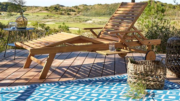 best sun loungers showing a La Redoute wooden lounger