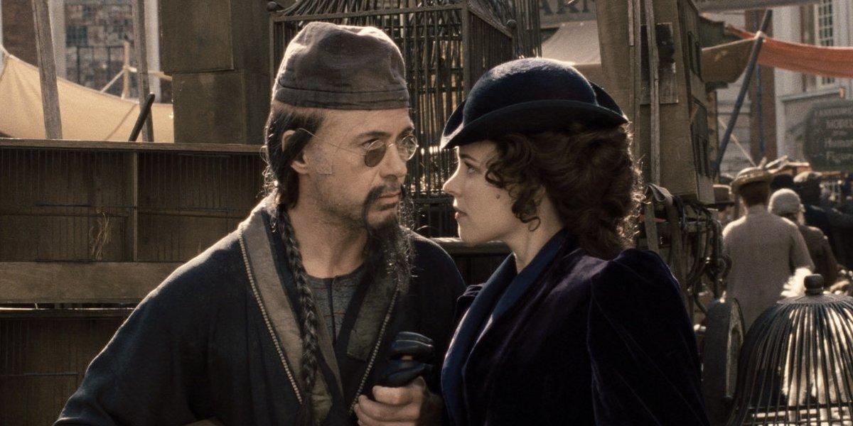 Robert Downey Jr. and Rachel McAdams in Sherlock Holmes