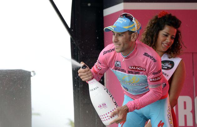 Vincenzo Nibali celebrates the race lead, Giro d'Italia 2013, stage eight ITT