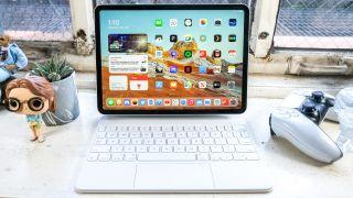 iPad Pro 2021 on a desk