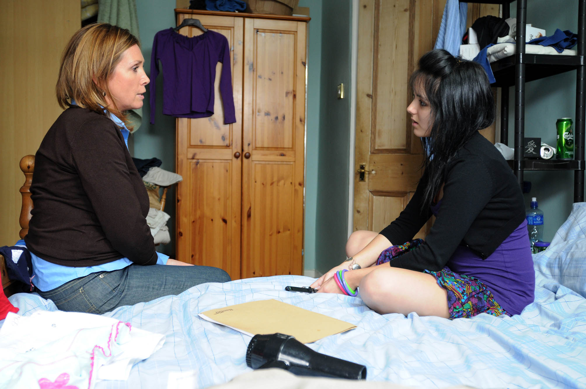 Can Jo stop another teen using drugs?