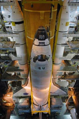 Shuttle Discovery On Track for December Launch