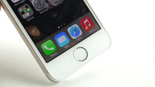 Apple concedes that the battery life is dodgy on some iPhone 5Ses