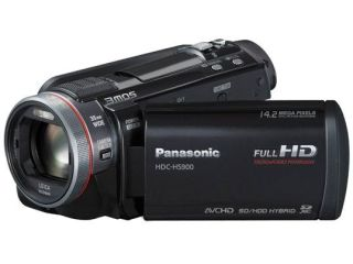 Panasonic confirms its commitment to user-generated 3D with new 3D-ready camcorder range at CES 2011