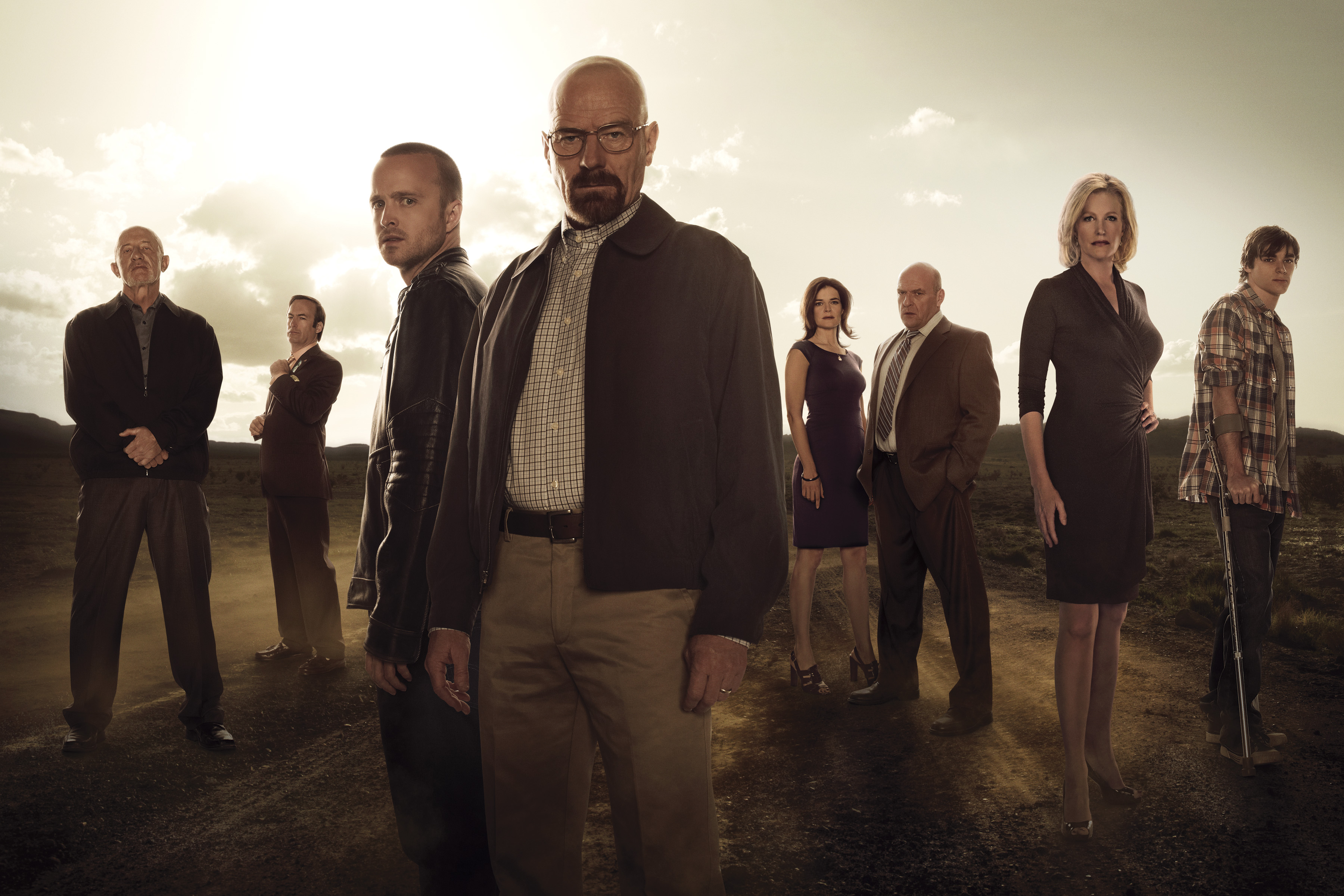 Breaking Bad Season 5 Photos Show The Cast And Walter White's Partner Relationships #22576