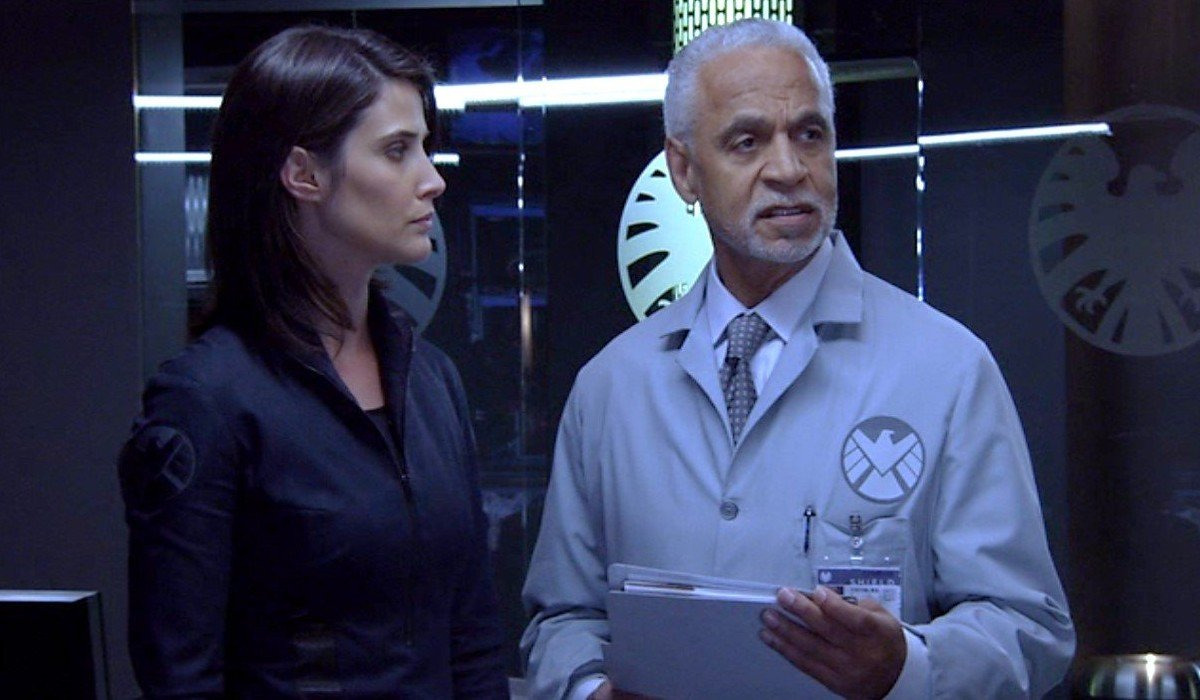 Cobie Smulders and Ron Glass on Agents of S.H.I.E.L.D. (2013)