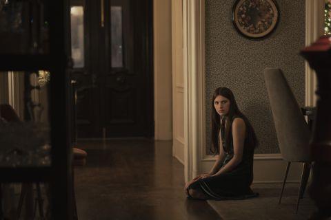 Leanne in Servant Season 2