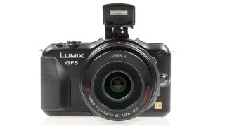 Panasonic DMC-GF5 vs Olympus E-PM1