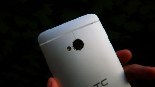 Camera shortage is reason for HTC One delays
