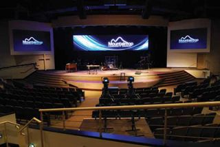 Alabama How Chooses LED Over Edge-Blended Projection Display