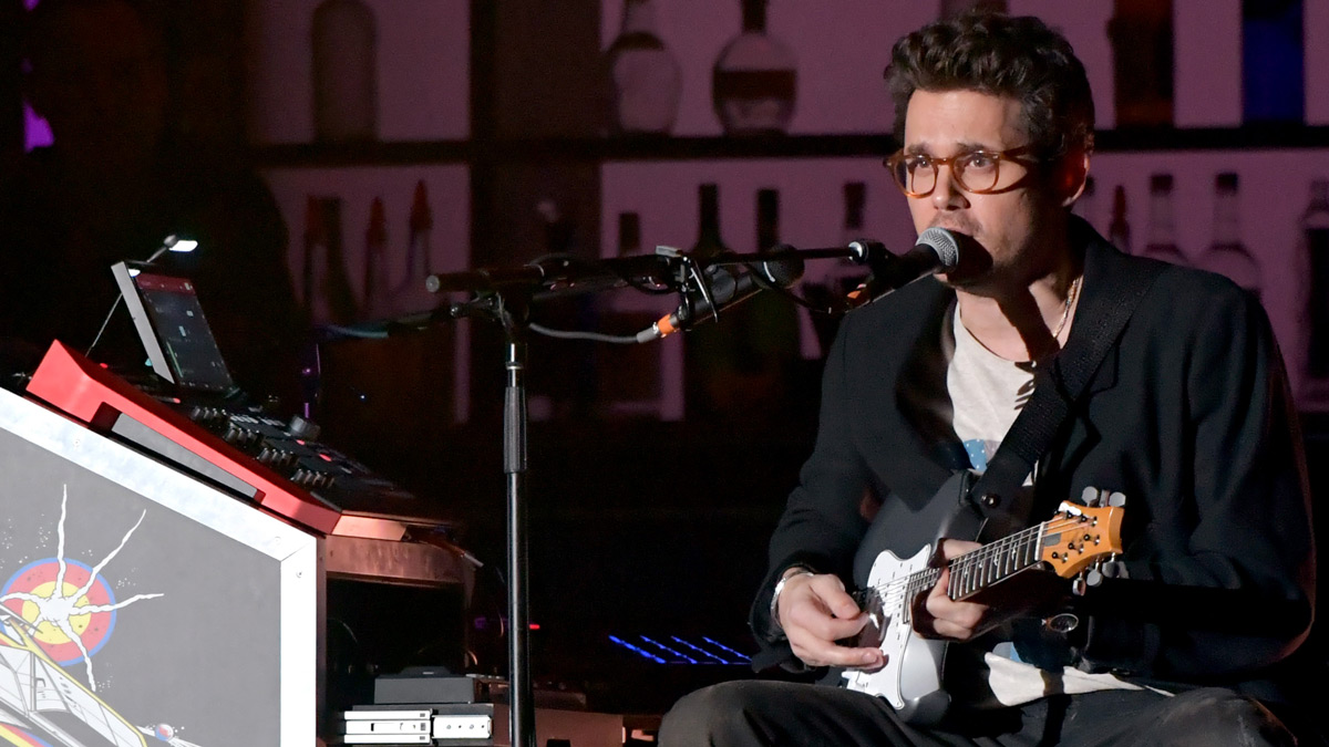 """John Mayer: """"When I'm playing on people's sessions, I don't"""