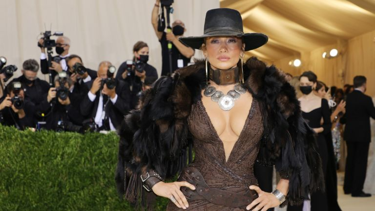 Jennifer Lopez attends The 2021 Met Gala Celebrating In America: A Lexicon Of Fashion at Metropolitan Museum of Art on September 13, 2021 in New York City.