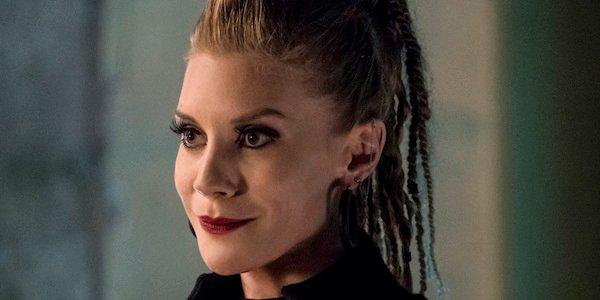 How Katee Sackhoff S New Flash Villain Amunet Black Is Like The Joker Cinemablend