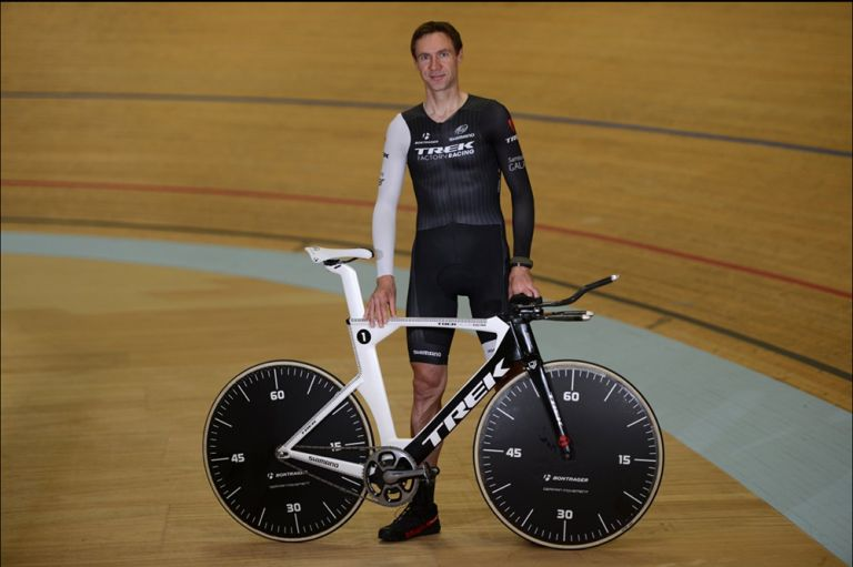 Jens Voigt with his Hour Record bike before his successful attempt