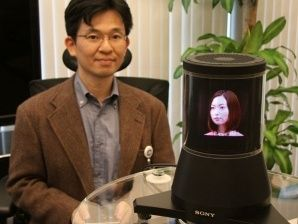 Kikuchi with Sony s 360 holographic viewer