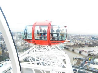 London Eye introduces tablets to its capsules