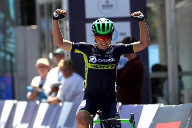 Van Vleuten dominates La Course start