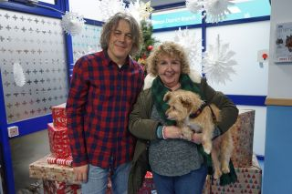 The Dog Rescuers With Alan Davies at Christmas