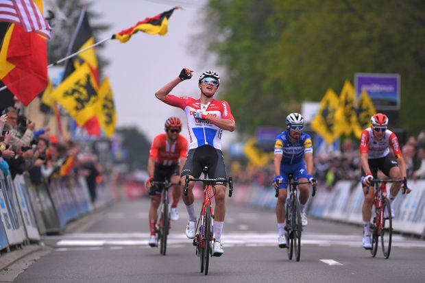 a35db37f745 Mathieu van der Poel shows incredible strength to win De Brabantse Pijl 2019